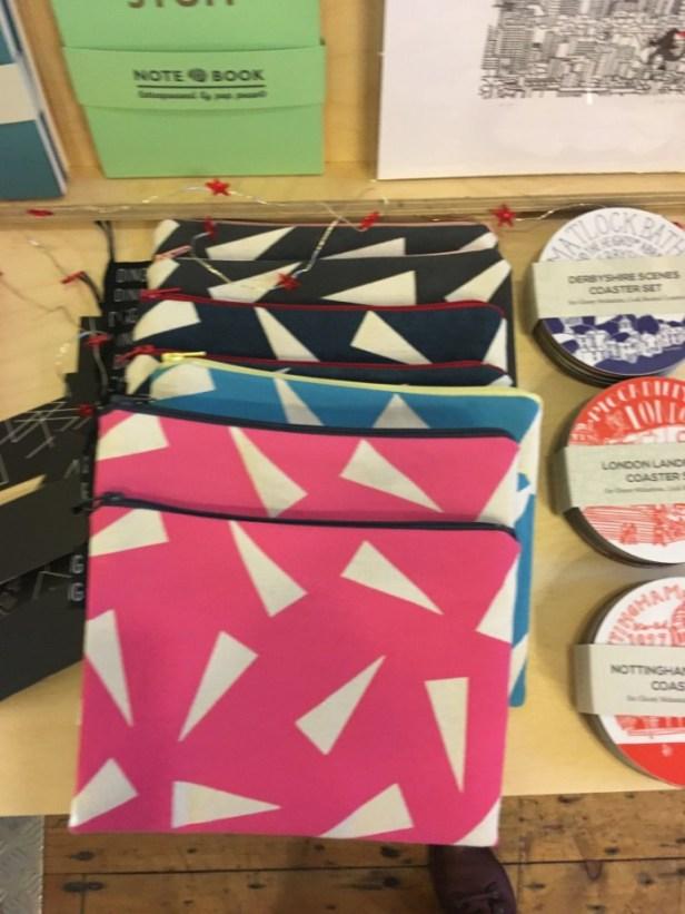 hand-printed-zipped-bag